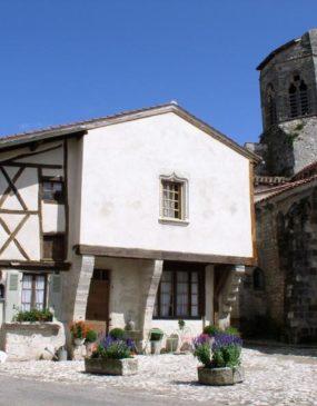 Village de Charroux © OT Val de Sioule