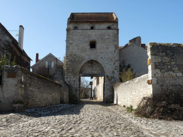 Porte d'Orient © OT Val de Sioule