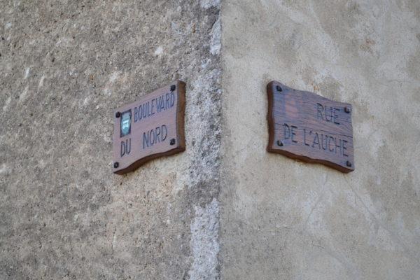 Au détour des ruelles © OT Val de Sioule