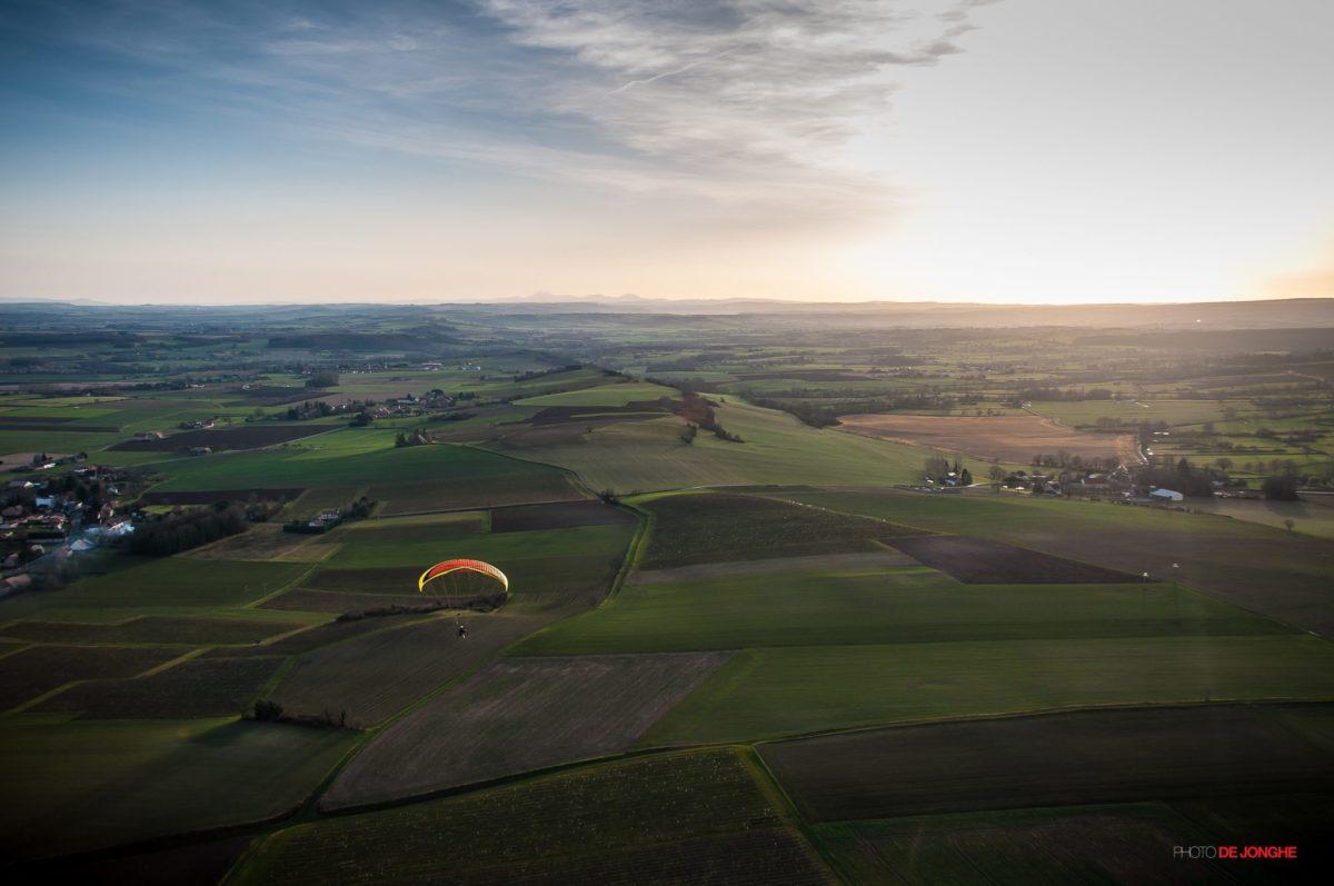 Vol en paramoteur © De Jonghe